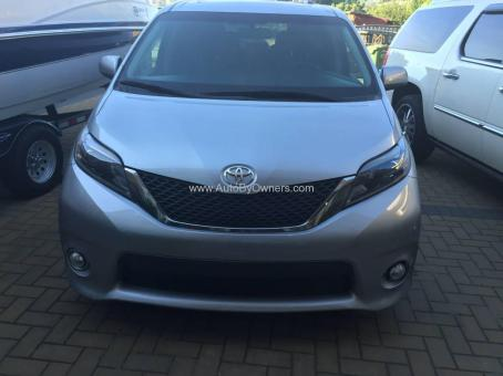Toyota Sienna Limited AWD is for sale (2009)