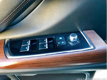 Selling 2017 Mazda CX-9 Signature 7 Seater